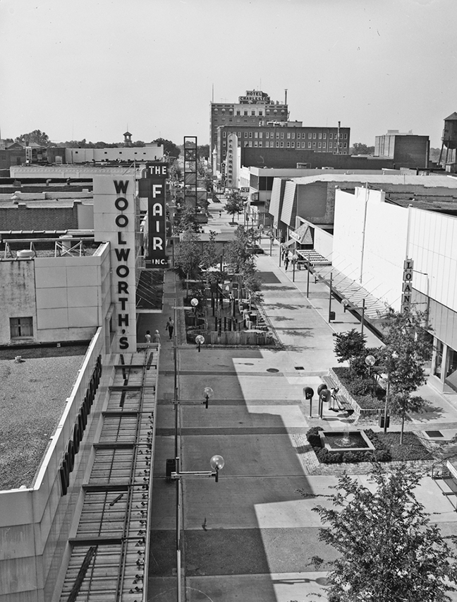 1970s downtown mall scene. The Paramount can be seen in the distance.