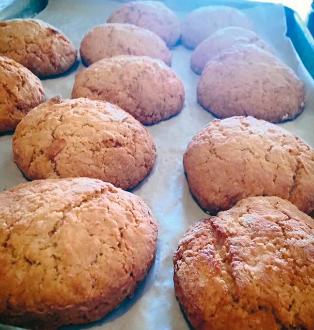 Mama Reta's tea cakes